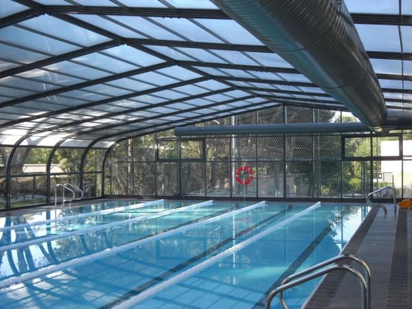 Cubiertas para piscinas grandes piscinas semiol mpicas y for Piscina cubierta almassera
